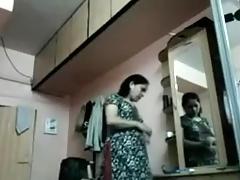 Chetna Bhabi Changing Raiment Hidden Webcam