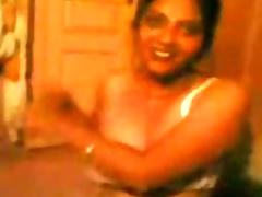 desi aunty dressing after sex
